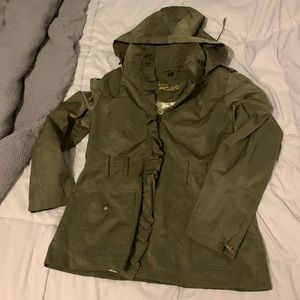 Guess trench ruffle army green coat